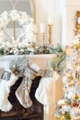Simple And Easy DIY Winter Decor Ideas For Your Apartment 45