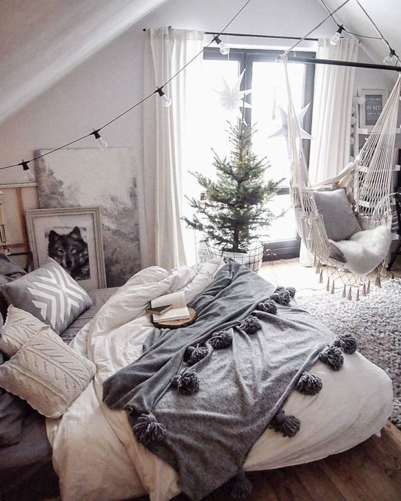 Simple And Easy DIY Winter Decor Ideas For Your Apartment 60