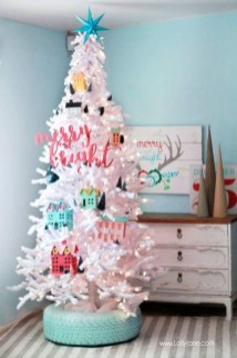 Stunning And Unique Recycled Christmas Tree Decoration Ideas 05