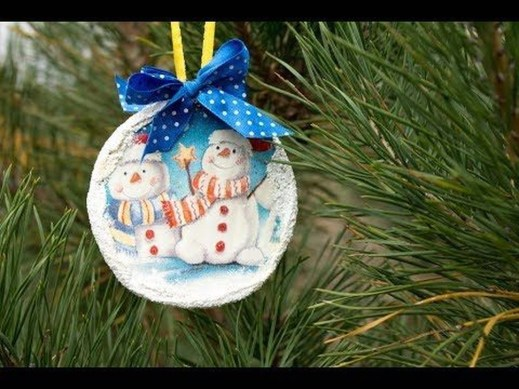 Stunning And Unique Recycled Christmas Tree Decoration Ideas 06