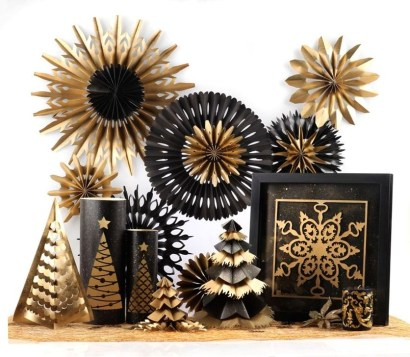 Totally Inspiring Black And Gold Christmas Decoration Ideas19
