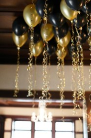 Totally Inspiring Black And Gold Christmas Decoration Ideas56