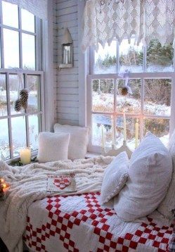 Adorable Bedroom Decoration Ideas For Winter 28