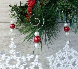 Awesome Red And White Christmas Tree Decoration Ideas 31