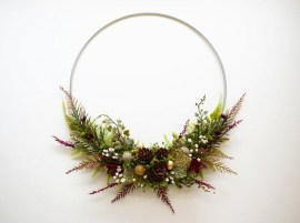 Beautiful Flower Christmas Decoration Ideas 12