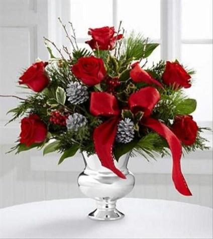 Beautiful Flower Christmas Decoration Ideas 14