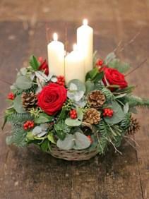 Beautiful Flower Christmas Decoration Ideas 16