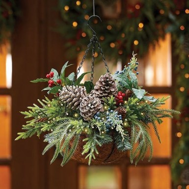 Beautiful Flower Christmas Decoration Ideas 21