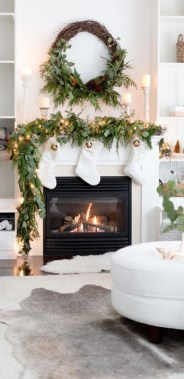 Beautiful Flower Christmas Decoration Ideas 29