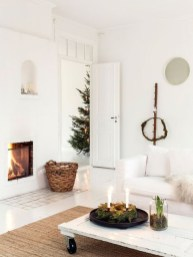 Best Ideas For Apartment Christmas Decoration 01