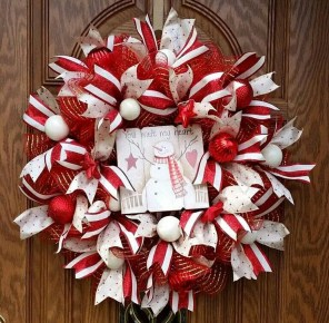 Brilliant DIY Christmas Wearth Decoration Ideas 25