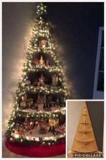 Charming Traditional Christmas Tree Decor Ideas 42