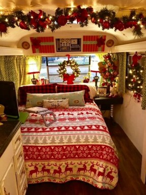 Creative RV Remodel Ideas For Christmas 15