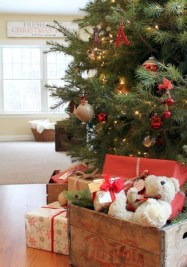 Creative RV Remodel Ideas For Christmas 32
