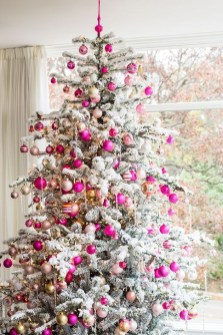 Cute Pink Christmas Tree Decoration Ideas You Will Totally Love 02
