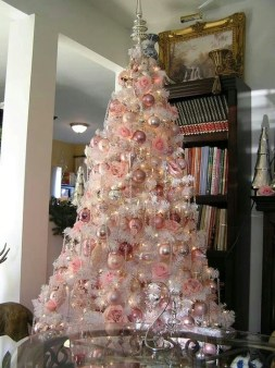 Cute Pink Christmas Tree Decoration Ideas You Will Totally Love 50