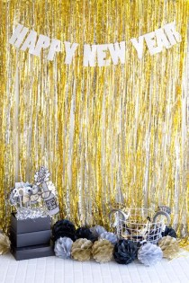 Easy DIY New Years Eve Party Decor Ideas 40