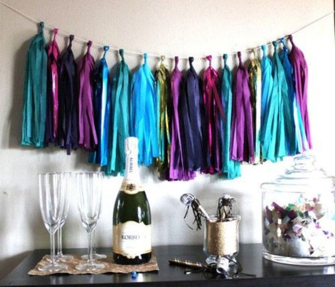 Easy DIY New Years Eve Party Decor Ideas 54