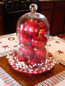 Eye Catching Kitchen Table Christmas Decoration Ideas 11