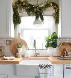 Fabulous Kitchen Christmas Decoration Ideas 44