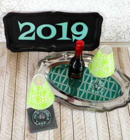 Fantastic New Years Eve Party Table Decoration Ideas 06