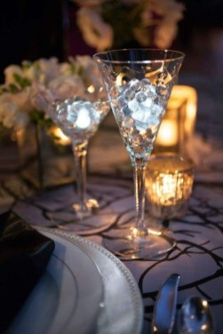 Fantastic New Years Eve Party Table Decoration Ideas 22