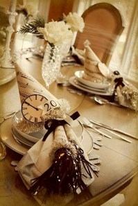 Fantastic New Years Eve Party Table Decoration Ideas 42