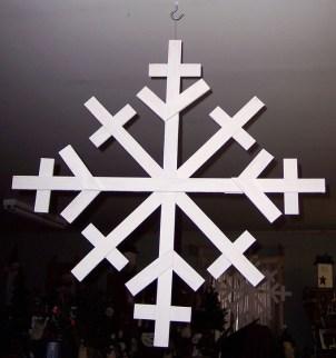 Inspiring Wooden Winter Decoration Ideas 33