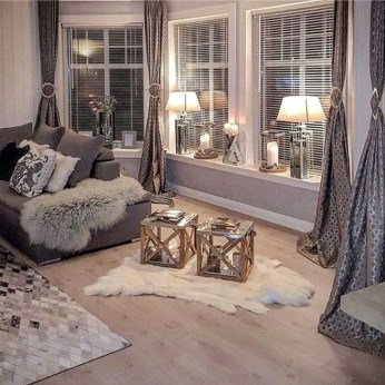 Lovely Neutral Decoration Ideas For Your Living Room 43