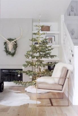 Minimalist Christmas Decoration On A Budget 20
