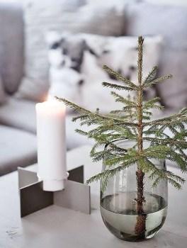 Minimalist Christmas Decoration On A Budget 38