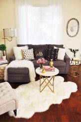 Popular Winter Living Room Design For Inspiration 10