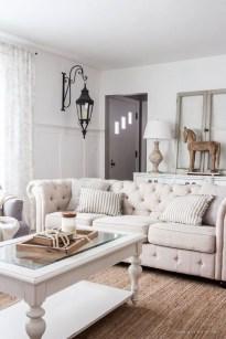 Popular Winter Living Room Design For Inspiration 20