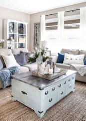Popular Winter Living Room Design For Inspiration 47