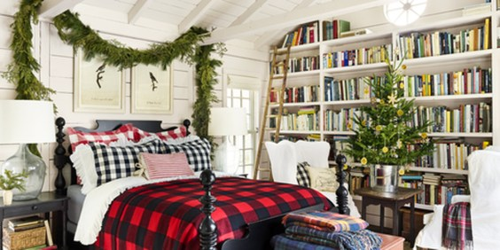 Pretty Christmas Decoration Ideas For Your Bedroom 02