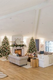 Smart Fireplace Christmas Decoration Ideas 03