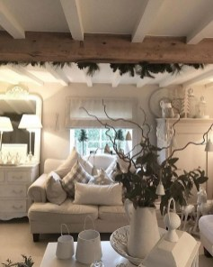 Stunning Shabby Chic Christmas Decoration Ideas 04