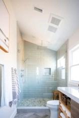 Adorable Beach Bathroom Design Ideas 14