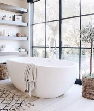 Adorable Beach Bathroom Design Ideas 42