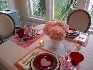 Beautiful Valentines Day Table Decoration Ideeas 21