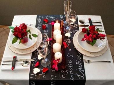 Beautiful Valentines Day Table Decoration Ideeas 31