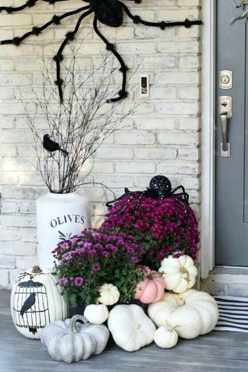 Best Ideas To Decorate Your Porch For Valentines Day 39