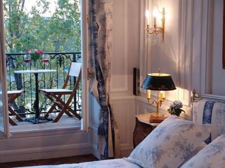 Brilliant Studio Apartment Decor Ideas On A Budget 01