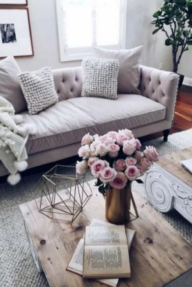 Brilliant Studio Apartment Decor Ideas On A Budget 13