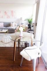 Brilliant Studio Apartment Decor Ideas On A Budget 33