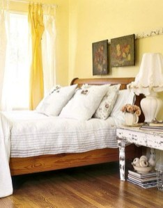 Delightful Yellow Bedroom Decoration And Design Ideas 50