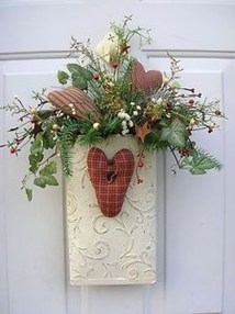 Elegant Front Porch Valentines Day Decor Ideas 29
