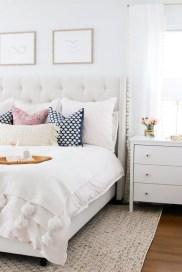 Elegant Small Master Bedroom Inspiration On A Budget 03