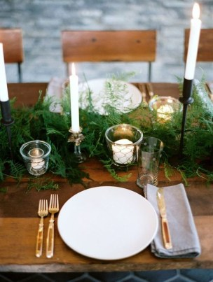 Extraordinary Winter Table Decoration You Can Make 07