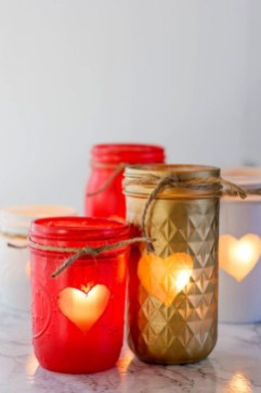 Fabulous Valentines Day Mason Jar Decor Ideas 43